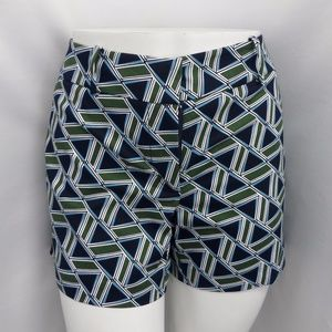 GREEN & BLUE GEO PRINT CASUAL SIGNATURE FIT SHORTS